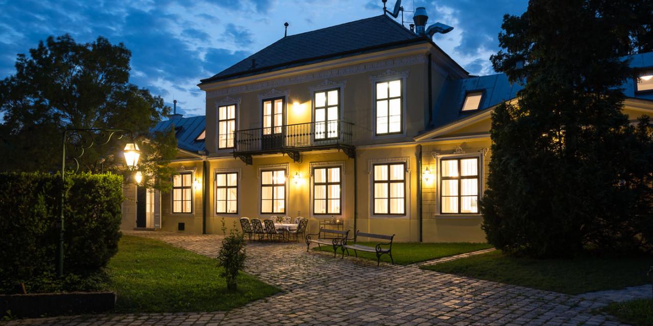 Radetzky Villa at night