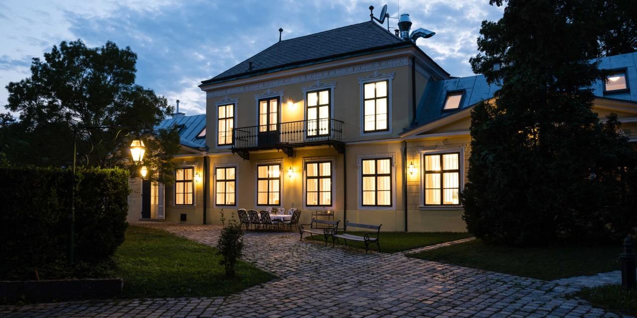 Villa-Nacht
